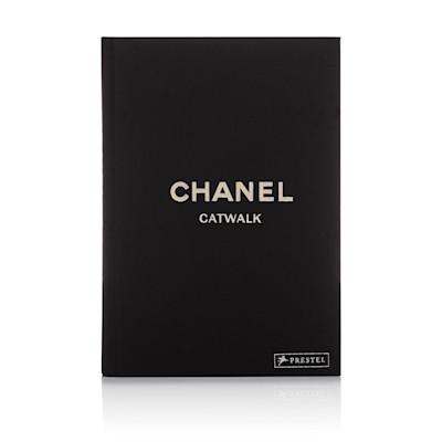 CHANEL Buch Catwalk, Karl Lagerfeld, Laufstegfotos, Supermodels, Papier