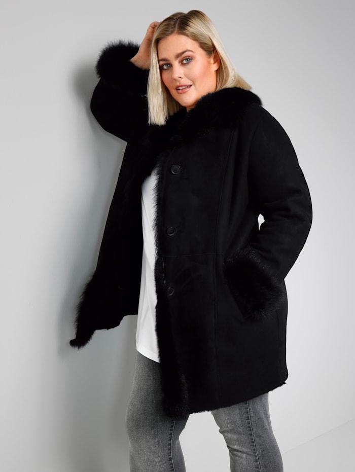 Jas Sara Lindholm Zwart