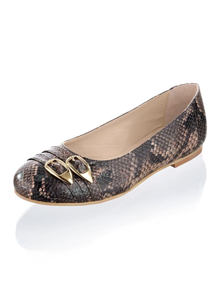 Artikel klicken und genauer betrachten! - Zeit für einen neuen Lieblingsschuh: Wie wäre es mit diesen Ballerinas von Alba Moda? Flacher Absatz. Guten Halt garantiert die glatte Sohle. Für einen normalen Fuß geschnitten. Diese Schuhe entsprechen dem Größensystem: Europäisch (EU). | im Online Shop kaufen