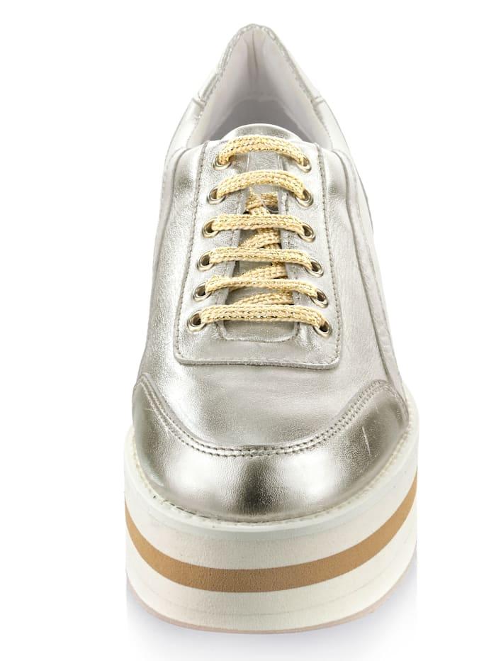 Artikel klicken und genauer betrachten! - Flacher Absatz. Guten Halt garantiert die glatte Sohle. Für einen normalen Fuß geschnitten. Als Verschluss dient eine Schnürung. Diese Schuhe entsprechen dem Größensystem: Europäisch (EU). | im Online Shop kaufen