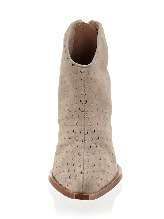 Alba Moda, Boot