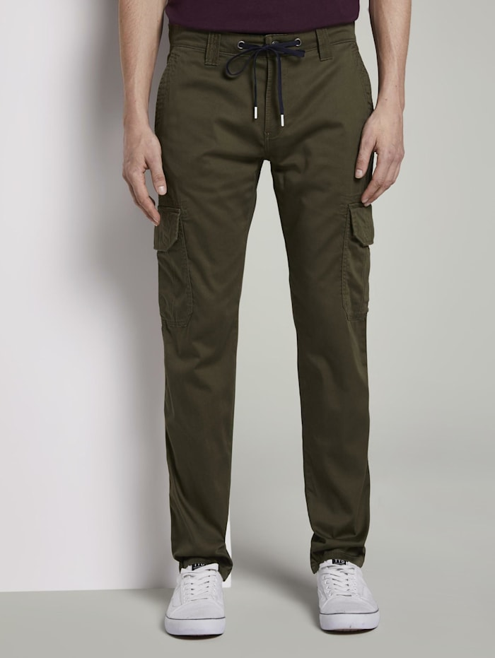 tom tailor - Travis Slim Cargo-Hose im Tech-Style  Olive Night Green