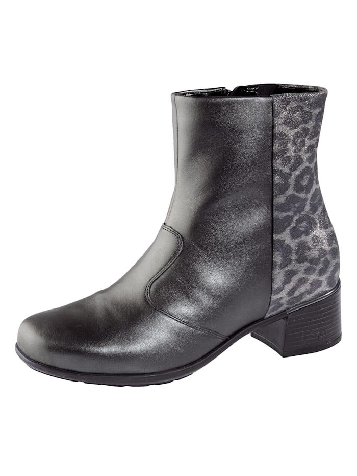 Is het tijd voor nieuwe schoenen? wat dacht u van een enkellaarsje van waldläufer? platte hak van 4,5 cm. het ...