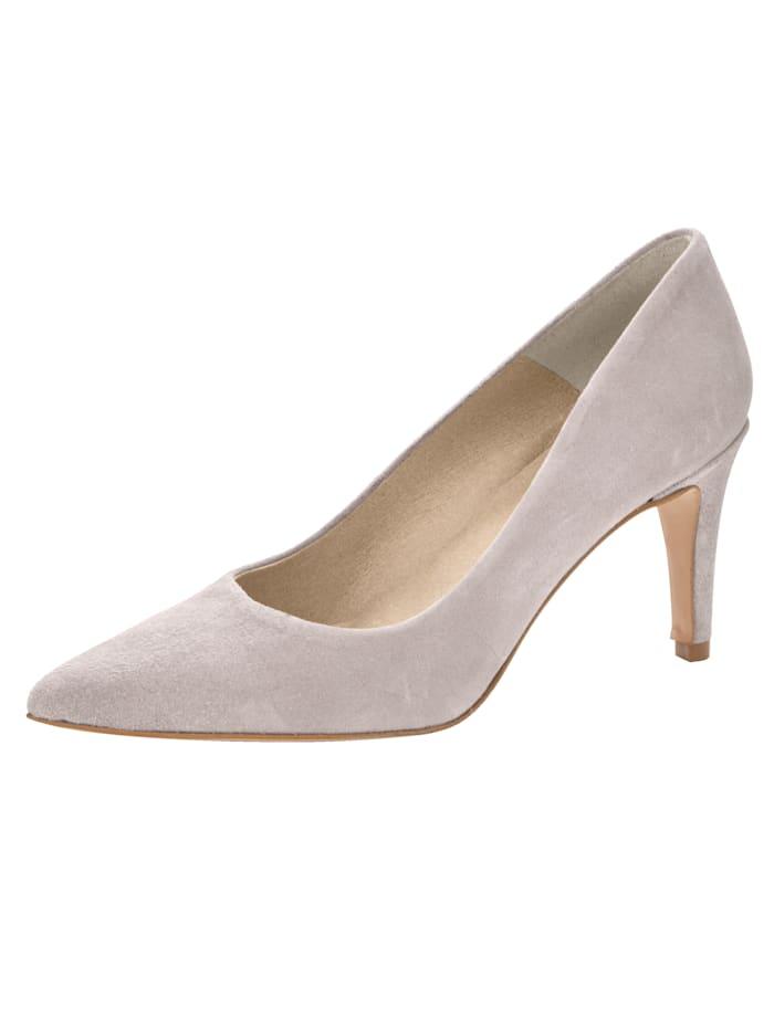 Deze modieuze pump heeft zeker een plek in uw schoenenkast verdiend. naaldhak van 8 cm. gladde zool. dit ...