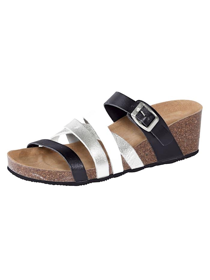 Sleehak van 5,5 cm. profielzool. het muiltje heeft geen sluiting. de schoenmaat wordt aangegeven in europese ...