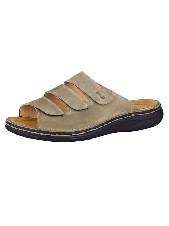 Is het tijd voor nieuwe schoenen? wat dacht u van een modieus muiltje? het muiltje heeft een hak van 3,5 cm. ...
