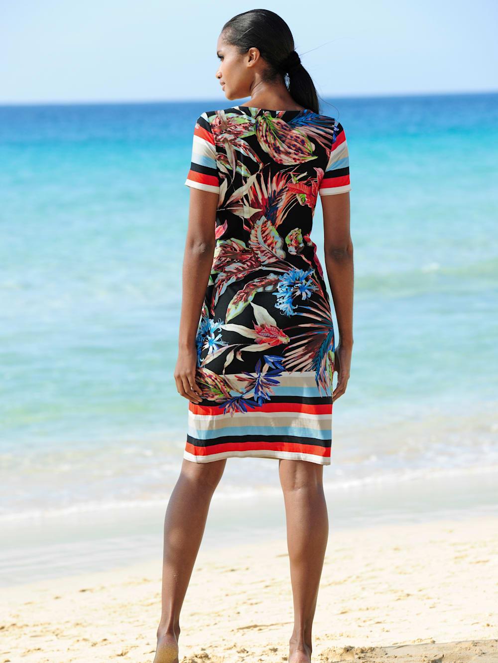alba moda strandkleid mit blumendruck | wenz
