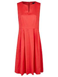 Sommerliches Kleid mit Einschubtaschen