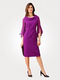 Dress with chiffon sleeves