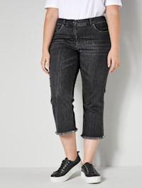 Jeans mit offenem Saum