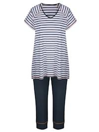 Pyžama v prúžkovanom vzore