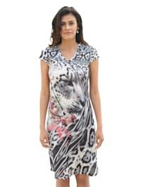 Kleid im Mustermix