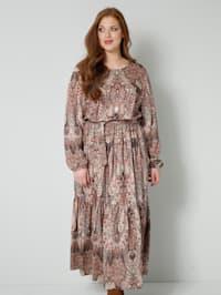Kjole med etno-mønster