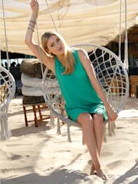 Robe de plage avec fronces décoratives à l'encolure