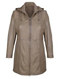 Kožená bunda s praktickou kapucí