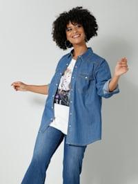Jeansskjorta i klassisk modell