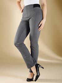 Jeans med flatterende sømmer