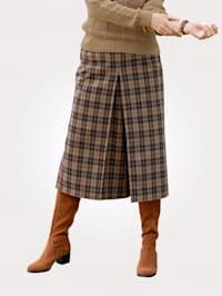 Nohavicová sukňa s klasickým károvaným vzorom