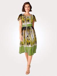 Kleid mit modischem Ethno-Druck