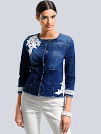 Jeansjacke mit kontrastfarbiger Spitze