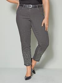 Jeans mit glitzernden Strasssteinen
