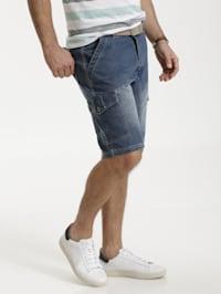 Jeansbermuda mit Cargotaschen
