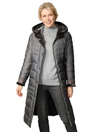 Quilted coat with faux fur