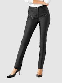 Nohavice s lesklým povrchom