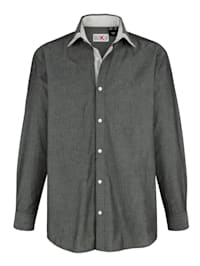 Skjorta med justerbara manschetter