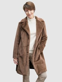 Manteau en fausse fourrure en matière ultra douce
