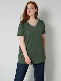 Tričko s dekoratívnym pásom na výstrihu