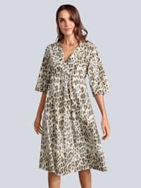 Kleid mit weitem Arm