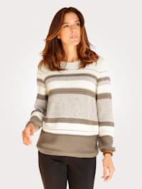 Pullover mit Bouclé-Elementen