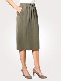 Skirt made from a lightweight fabric