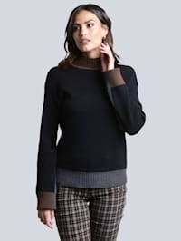 Pull-over aux finitions contrastantes