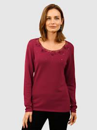 Pullover mit Blütenstickerei am Rundhalsausschnitt