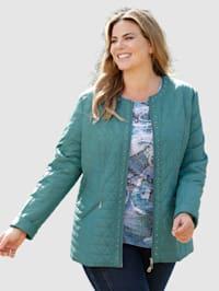 Gewatteerde jas met klinknageltjesdecoratie