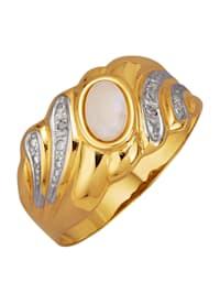 Damesring met witte opaal en diamanten
