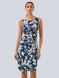 Kleid mit seitlichem Knoten