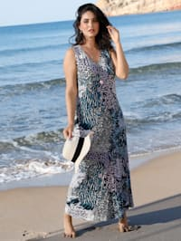 Kleid mit streckendem V-Ausschnitt