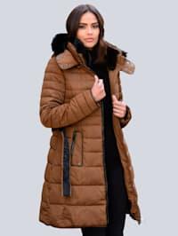 Doorgestikte mantel met modieuze dwarsstiksels in verschillende breedtes