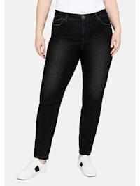 Jeans mit vorverlegter Teilungsnaht