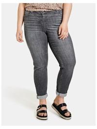Jeans Betty mit Dekosteinen