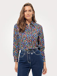 Blouse with a paisley print