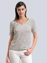 Shirt met mooi streeppatroon allover