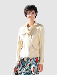 Bikertyylinen takki