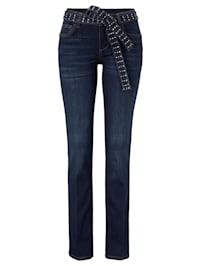 Jeans mit Nietengürtel