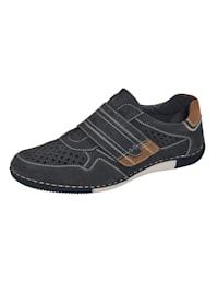 Klittenbandschoen met luchtige perforaties