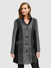 Kabát v patchwork vzhľade