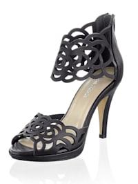 Sandales avec brides ajourées